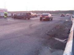 В Перми пассажир иномарки после ДТП упал с моста и остался жив