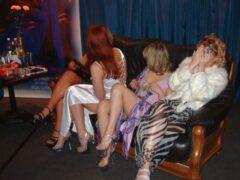 В Саратове сутенеры пытали несовершеннолетних проституток током