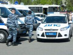 В Москве замечен агрессивный свадебный кортеж