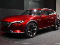 Названы цены на новый кроссовер Mazda CX-4