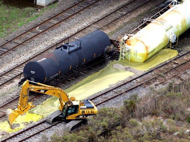 ВВашингтоне при крушении поезда произошла утечка рискованных химикатов