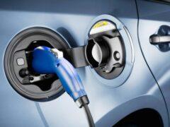 Toyota и Nissan разрабатывают батареи нового поколения для электротранспорта