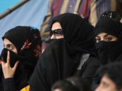 Суд Катара оштрафовал изнасилованную голландку за внебрачную связь