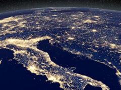 Ученые выяснили, почему треть жителей Земли не видят Млечный путь