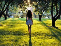 Ученые: 30 минут прогулок в неделю предотвратят депрессию