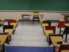 Школа в Латвии проведёт выпускной для единственной девятиклассницы