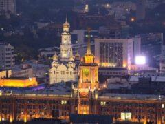 В Екатеринбурге пара занималась сексом в центре города