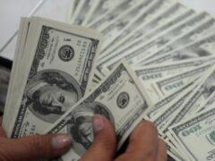 Курский адвокат пыталась развести подзащитного на 100 тысяч долларов