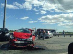 Петербург: В аварии на северо-востоке КАД пострадал ребенок