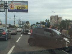 Петербург: На Руставели столкнулись четыре машины и бетономешалка