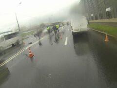 Петербург: На Митрофаньевском шоссе сбили велосипедиста