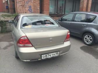 стекло разбито авто