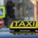 В Красноярске таксист украл у пассажира дорогой телефон