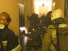 Из горящей коммуналки на Васильевском острове спасли семь человек