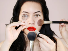 Учёные рассказали о воздействии макияжа на женщин и мужчин