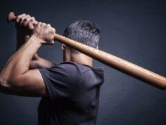 Миасец забил до смерти бейсбольной битой любовника своей жены