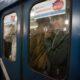 В Москве пассажир метро получил серьезную травму