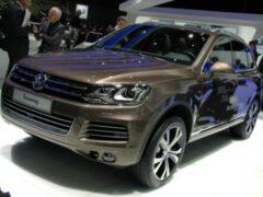 Volkswagen Touareg нового поколения удалось поймать фотошпионам
