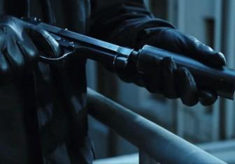 киллер пистолет глушитель