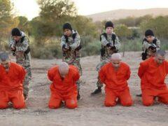 Британец узнал сына в 13-летнем палаче на видео казни ИГИЛ