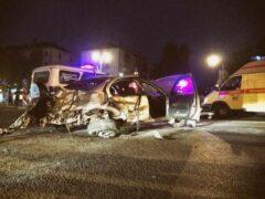 Nissan, уходя от погони ДПС, устроил серьезное ночное ДТП в Тюмени