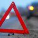 ДТП в Астрахани: Toyota и Lada Priora после столкновения врезались в стену дома