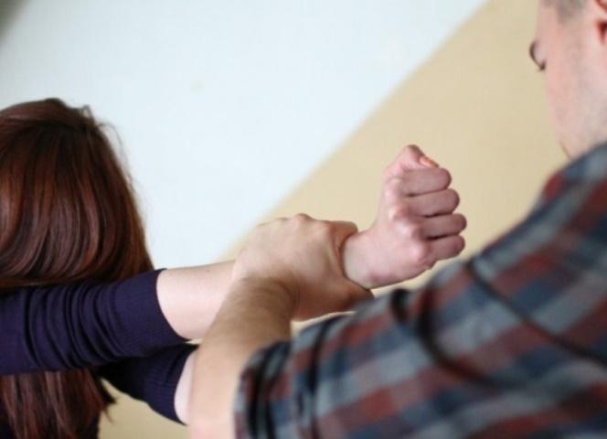 16-летняя первокурсница стала жертвой насильника вКронштадте