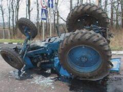 В ДТП в Омской области погиб пассажир трактора