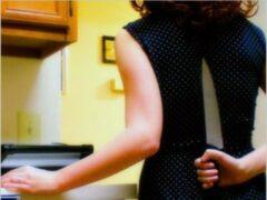 В Сызрани во время застолья женщина ударила своего мужа ножом