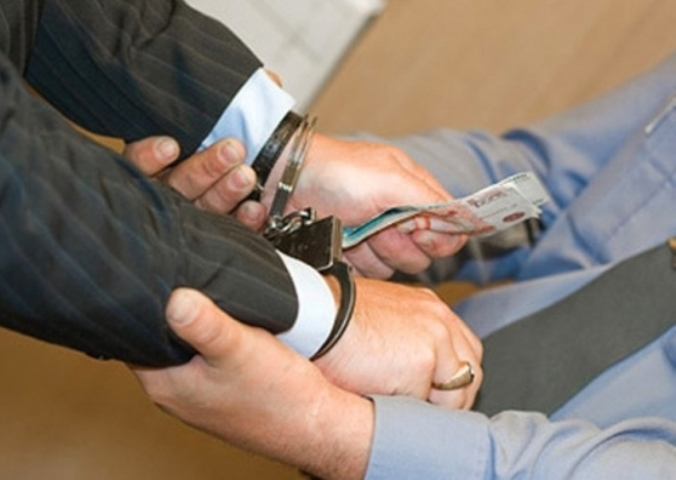 ВПетербурге возбудили дело против юристов, попытавшихся подкупить потерпевшего