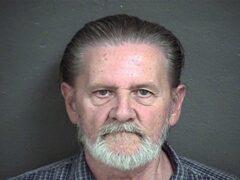 70-летний американец ограбил банк, чтобы отдохнуть от жены в тюрьме