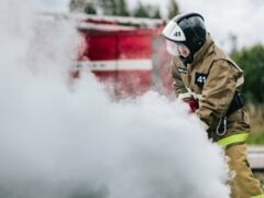 В Красноярском крае при пожаре в частном доме погибли трое детей