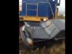 В Рубцовске легковушка столкнулась с тепловозом