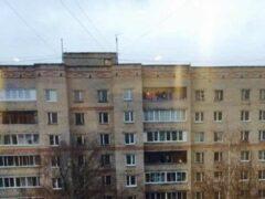 12-летняя девочка разбилась в Перми после селфи на балконе 17-го этажа