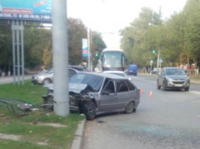 Ростовчанин исчез сместа ДТП, бросив раненого товарища