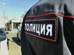 В Калуге полицейский и преступник попали под колёса машины