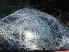 Ночью в центре Красноярска молодой парень разбил несколько иномарок