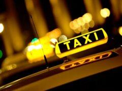 В Мурманске таксист вместо денег получил побои