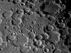 На поверхность Луны за последние шесть лет упали более 200 метеоритов
