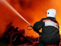 В Петербурге на набережной Кутузова загорелся грузовик