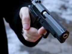 Золотистый RAV 4 с дамой за рулем расстреляли на Малоохтинском в Петербурге