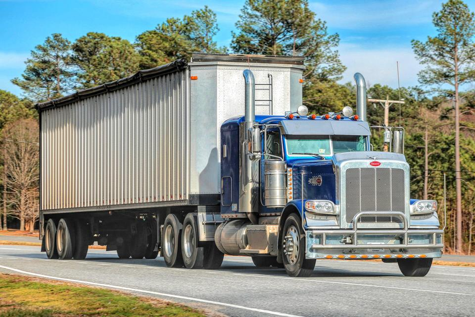 __грузовик