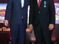 Президент Франции Франсуа Олланд наградил Главу Холдинга Kuoni Group престижным Национальным орденом «За заслуги»