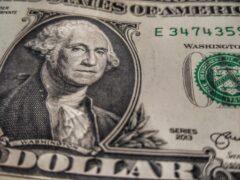 В Черногорске нашли поддельные доллары