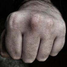 В Улан-Удэ многодетный отец ударил сотрудника Росгвардии