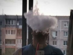 В Новосибирске сосед просто «выкурил» соседа с семьей