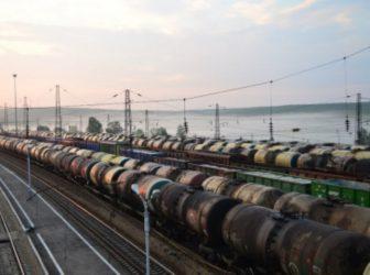 поезд цистерны