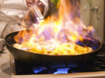 __сковорода пожар