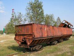Двое рязанцев газовой горелкой разрезали вагоны на металлолом