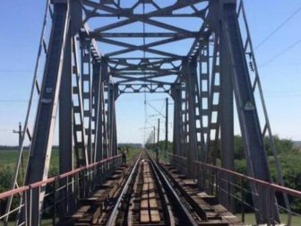 ферма мост железнодорожный